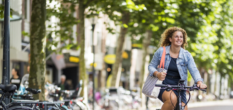 Een elektrische fiets voor woon-werkverkeer: waar moet je op letten?