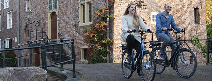 Cortina-fietsvoordeelshop-ebike-stel-amersfoort-voorwielmotoren3.jpg